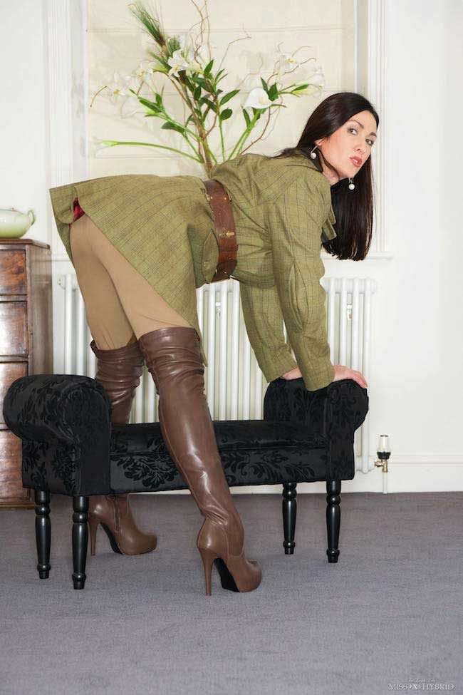 Ralph Lauren jodhpurs and thigh high leather boots, Miss Hybrid loves her riding wear.