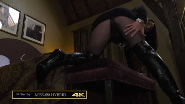 Sexy leather thigh boots and Magic Wand Miss Hybrid makes herself come.